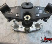 08-17 Suzuki GSXR 1300 Hayabusa Upper and Lower Triple Tree with Steering Stem